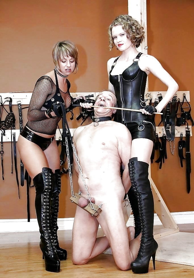 femdom-leased-slave-free-thumbs-the-naked-mile-pictures