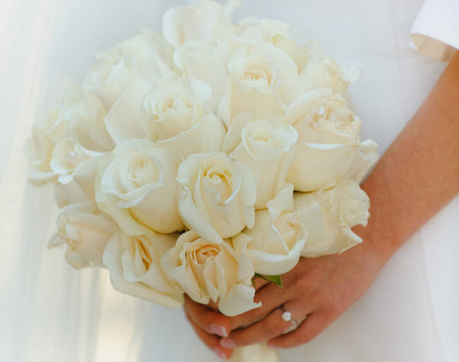 Букет невесты из бутонов розы, 101 розы москве