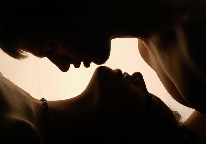 Картинки нежные поцелуи с надписями, звоночек