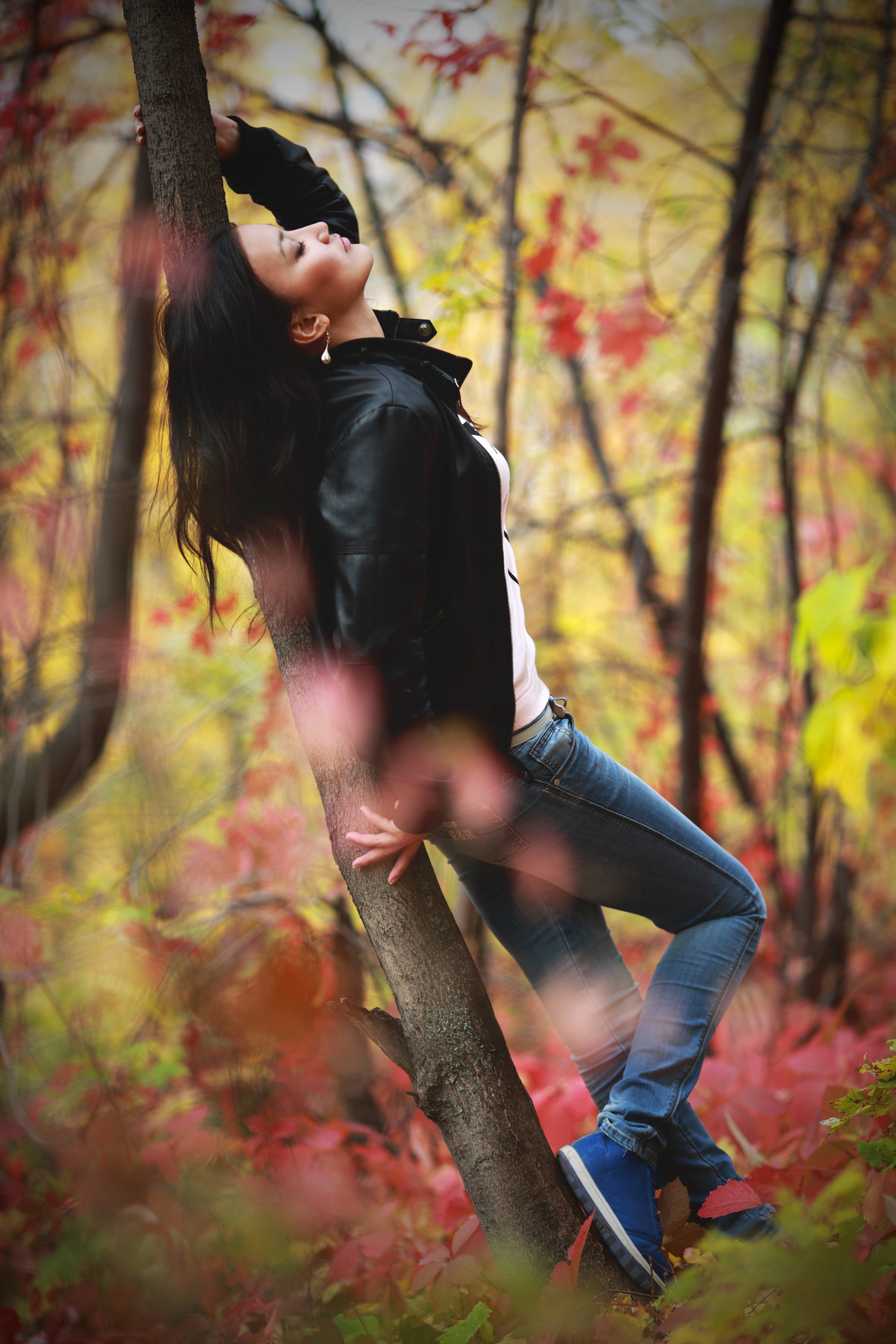 Картинки осень девушки со спины брюнетки