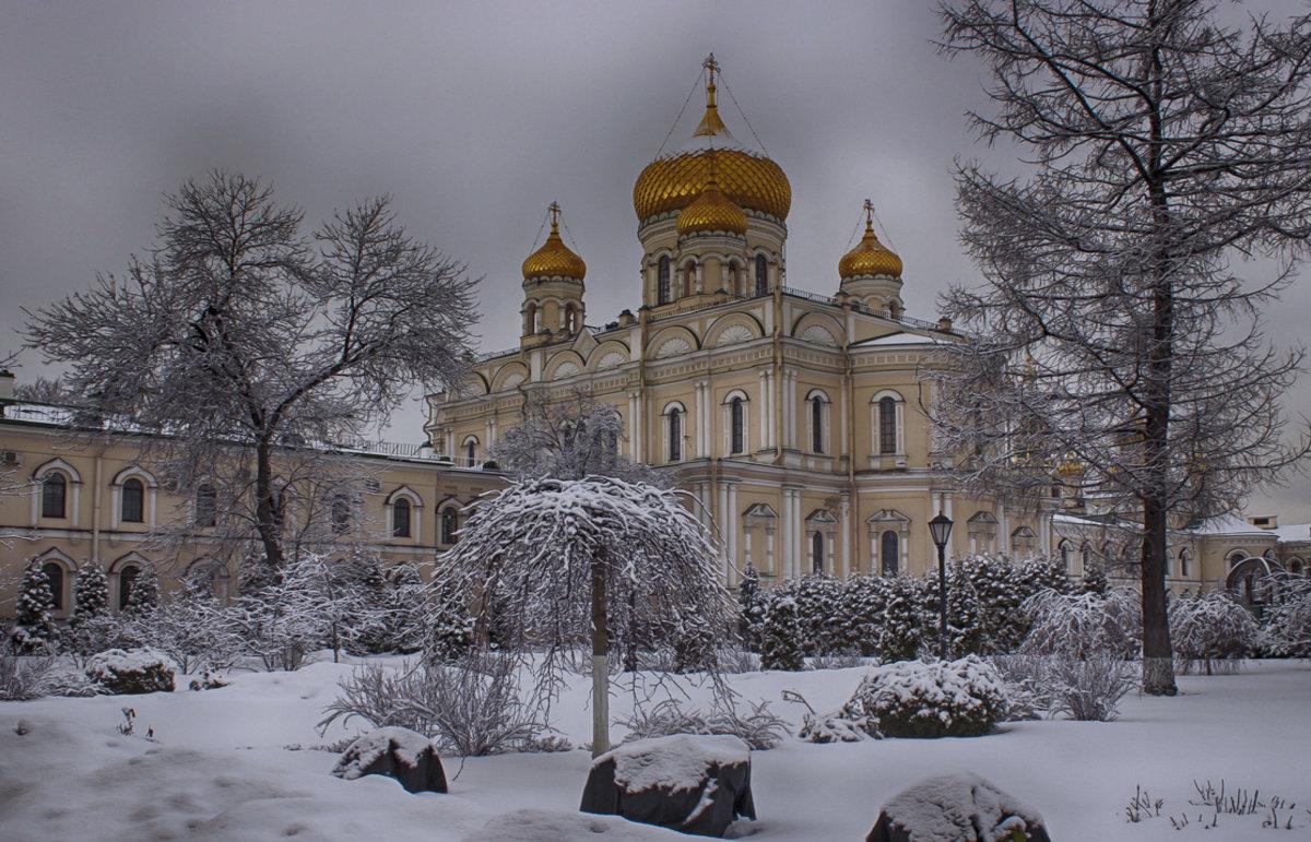 искусственного монастыри санкт петербурга фото бритни спирс