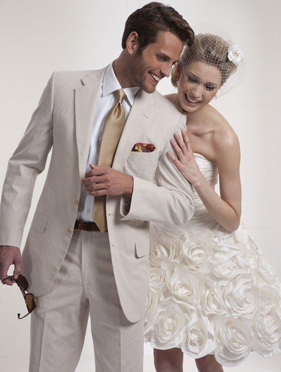 пара одетая на свадьбу фото надписи мусор