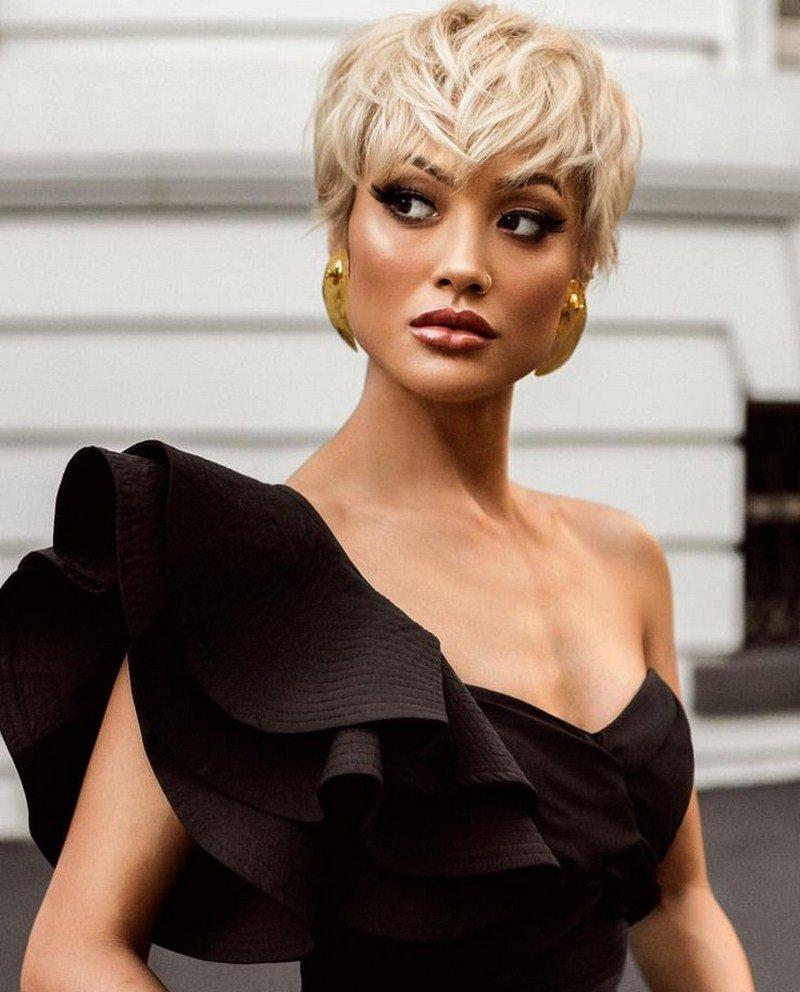 Она независимая, стильная, роскошная и весьма сдержанная.
