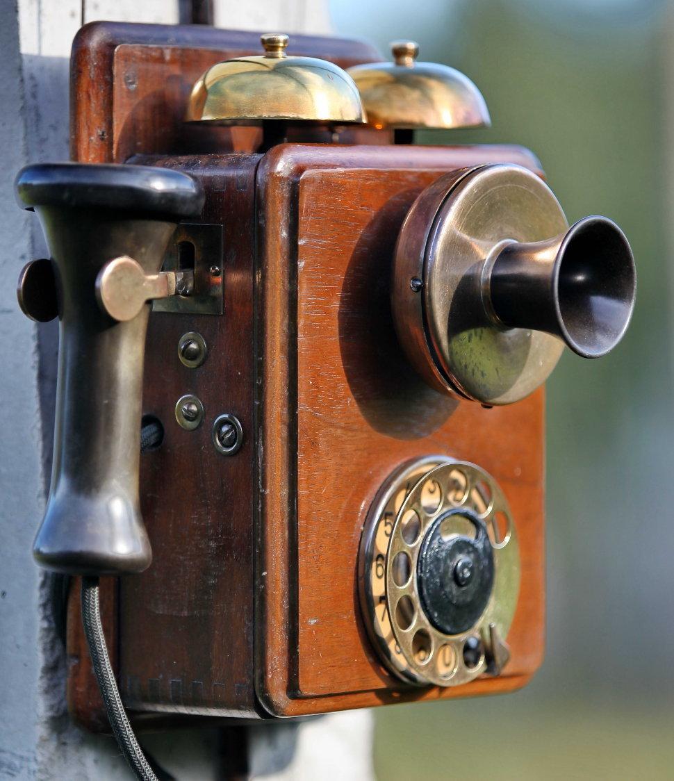 Самый старый телефон картинки