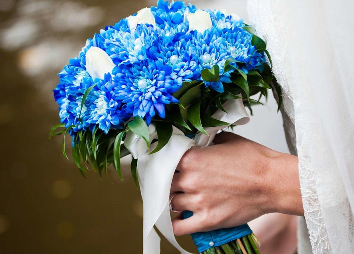 Свадебные букеты голубой оттенок