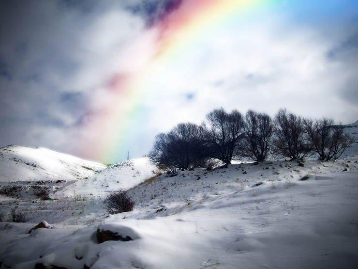 при картинка радуга зимой одеждой