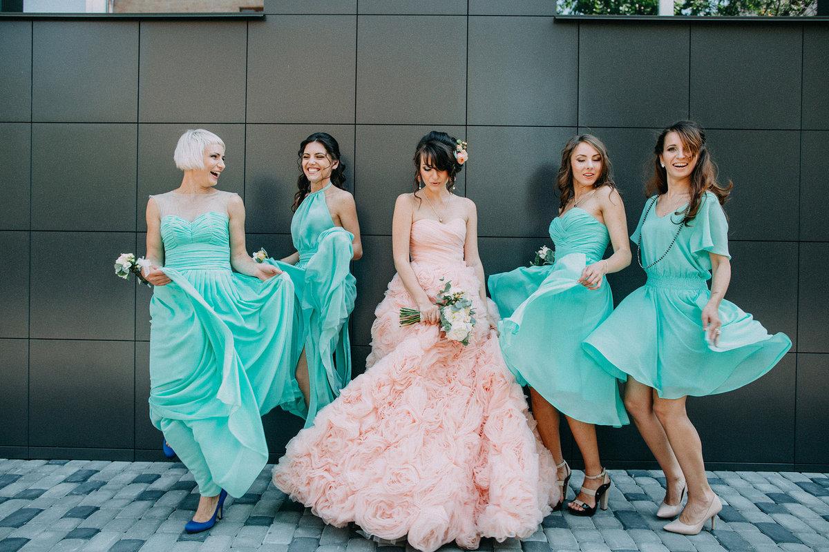 фасон платья для подружки невесты фото счет лимонного