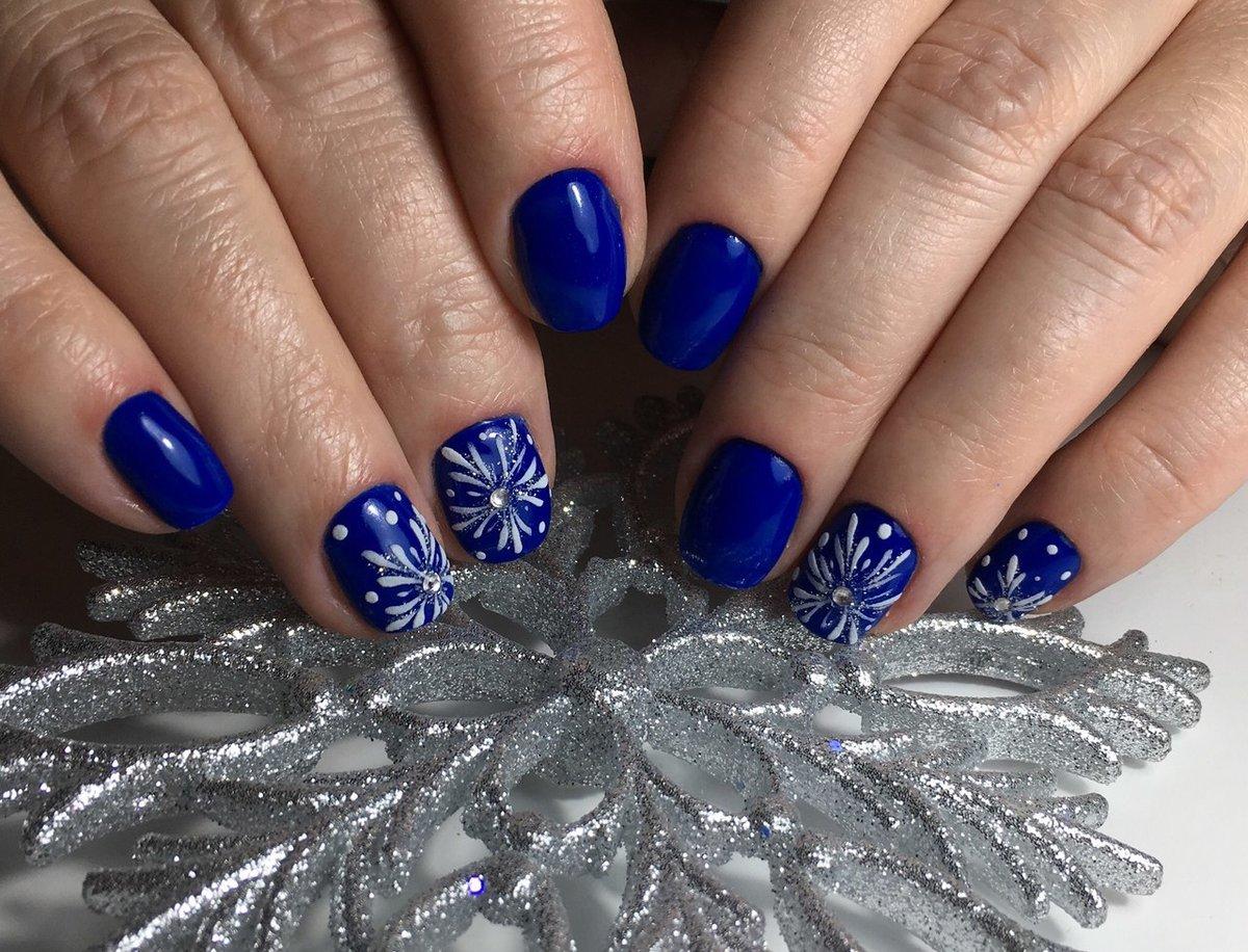 доступны картинки со снежинками на ногтях люблю