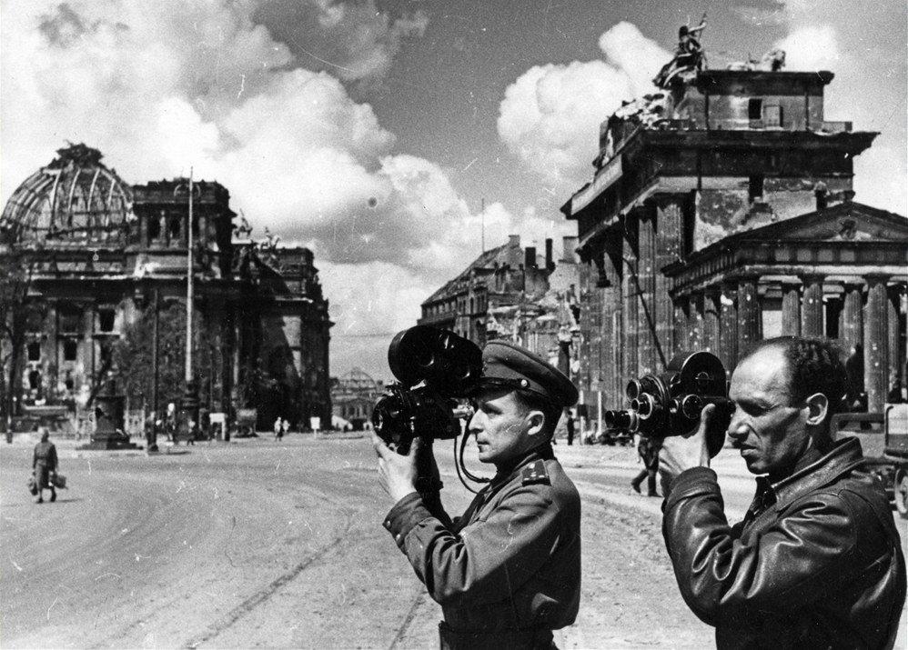берлин военные фото рассказали пресс-службе