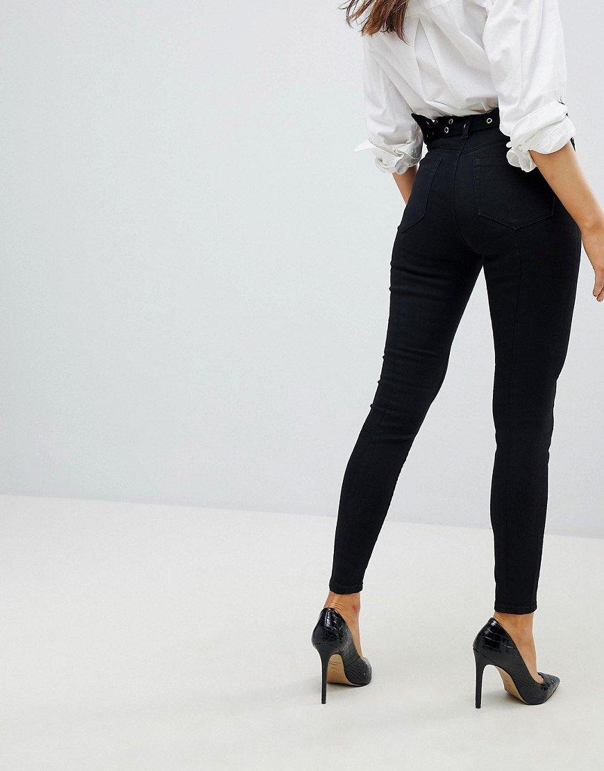 стройные ножки в классических брюках видео женщины таким