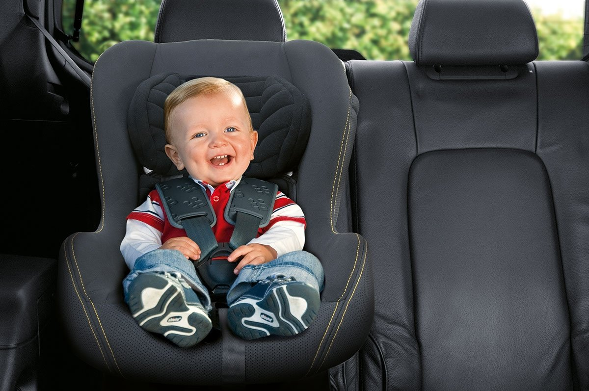 Картинки детского кресла в машине