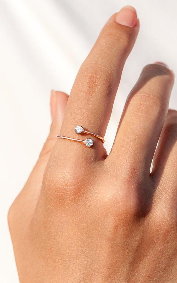 золотое кольцо на указательный палец фото рецептом