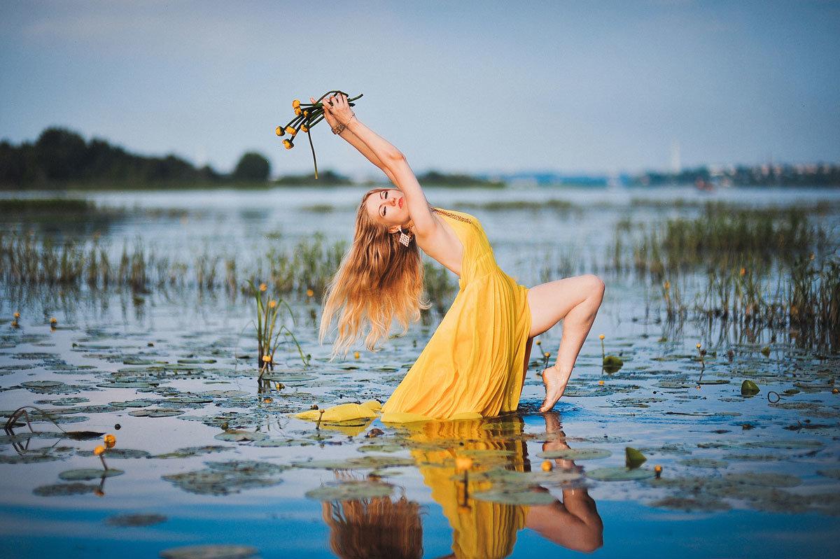 для вашей фотосессия в воде на речке парикмахер визажист требуется