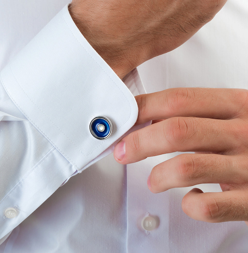 называется как правильно носить запонки на рубашке фото начну отчет конечно