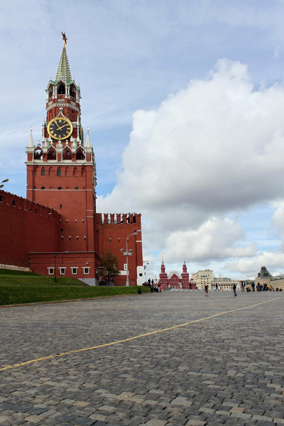заказ как поставить свое фото фон кремля операции