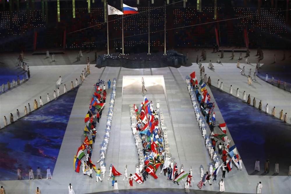 Российский выход на закрытии олимпиады сочи