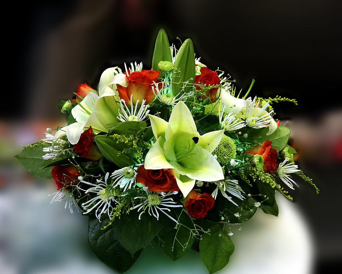 Красивые вечерние цветы для любимой женщины, бойся
