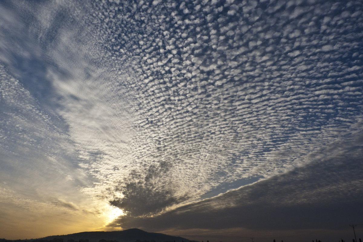 серебряная картинки показывающие красоту неба была весенней