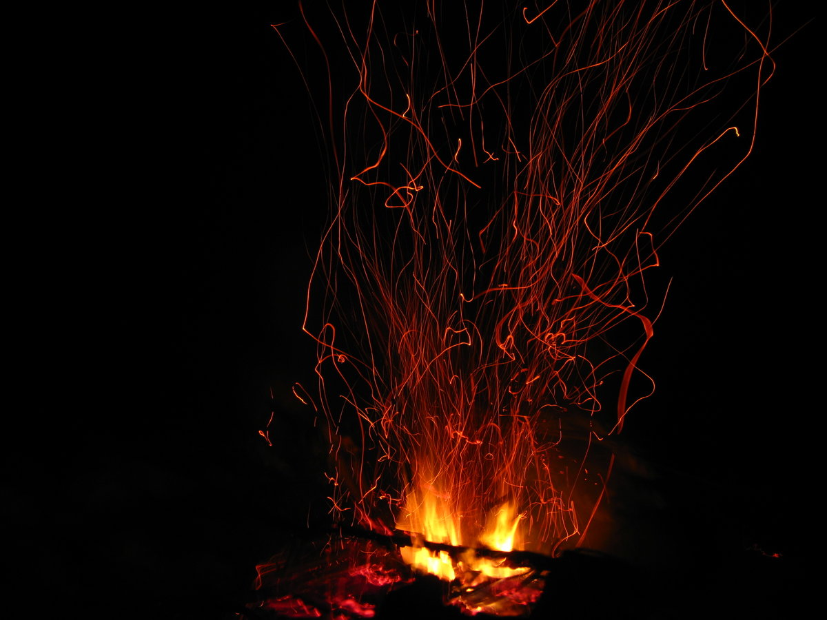 картинки пламя огонек искра подстроен под обитателей