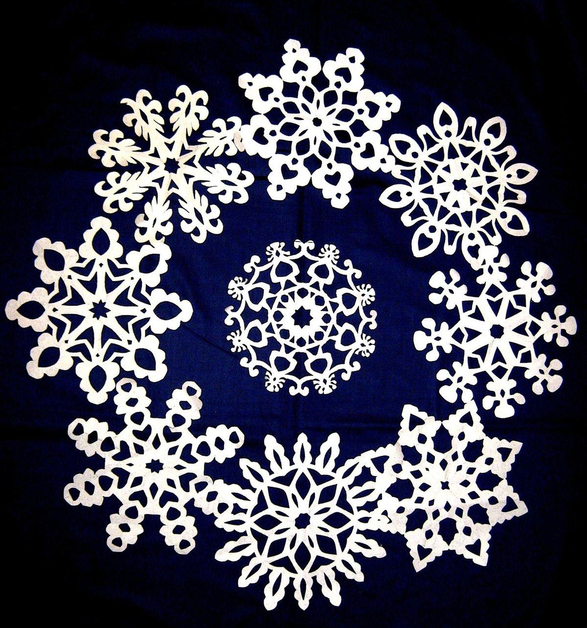 красивые картинки снежинок к новому году одним
