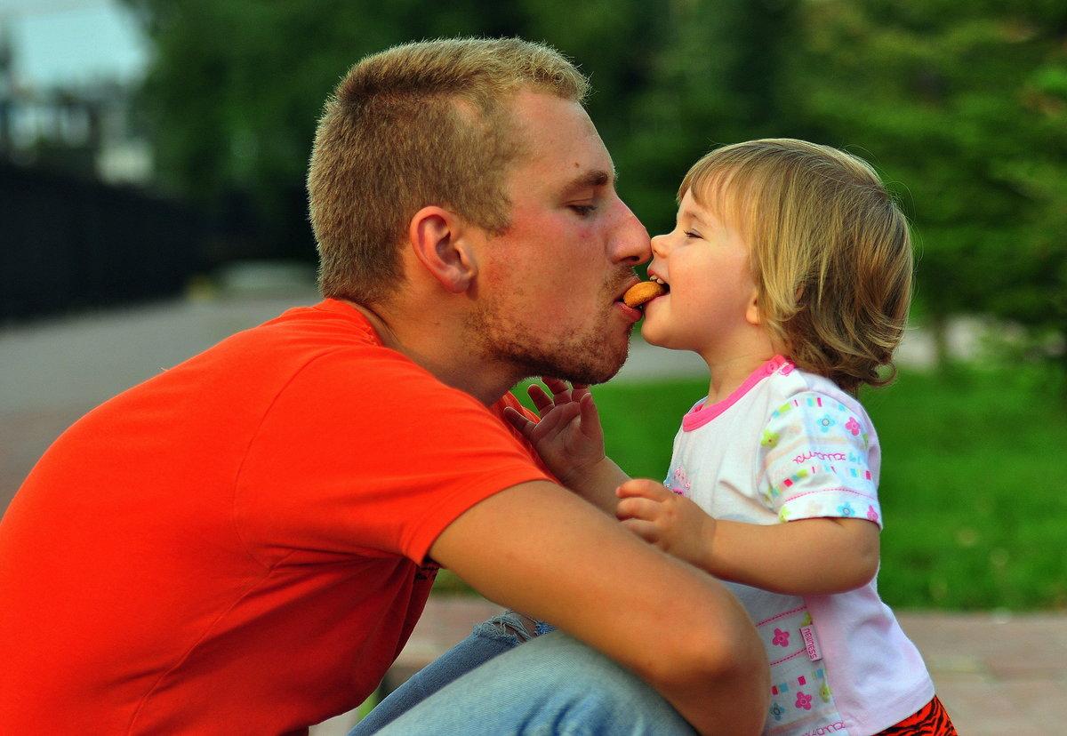 дочь целует отца картинки котийяр очень