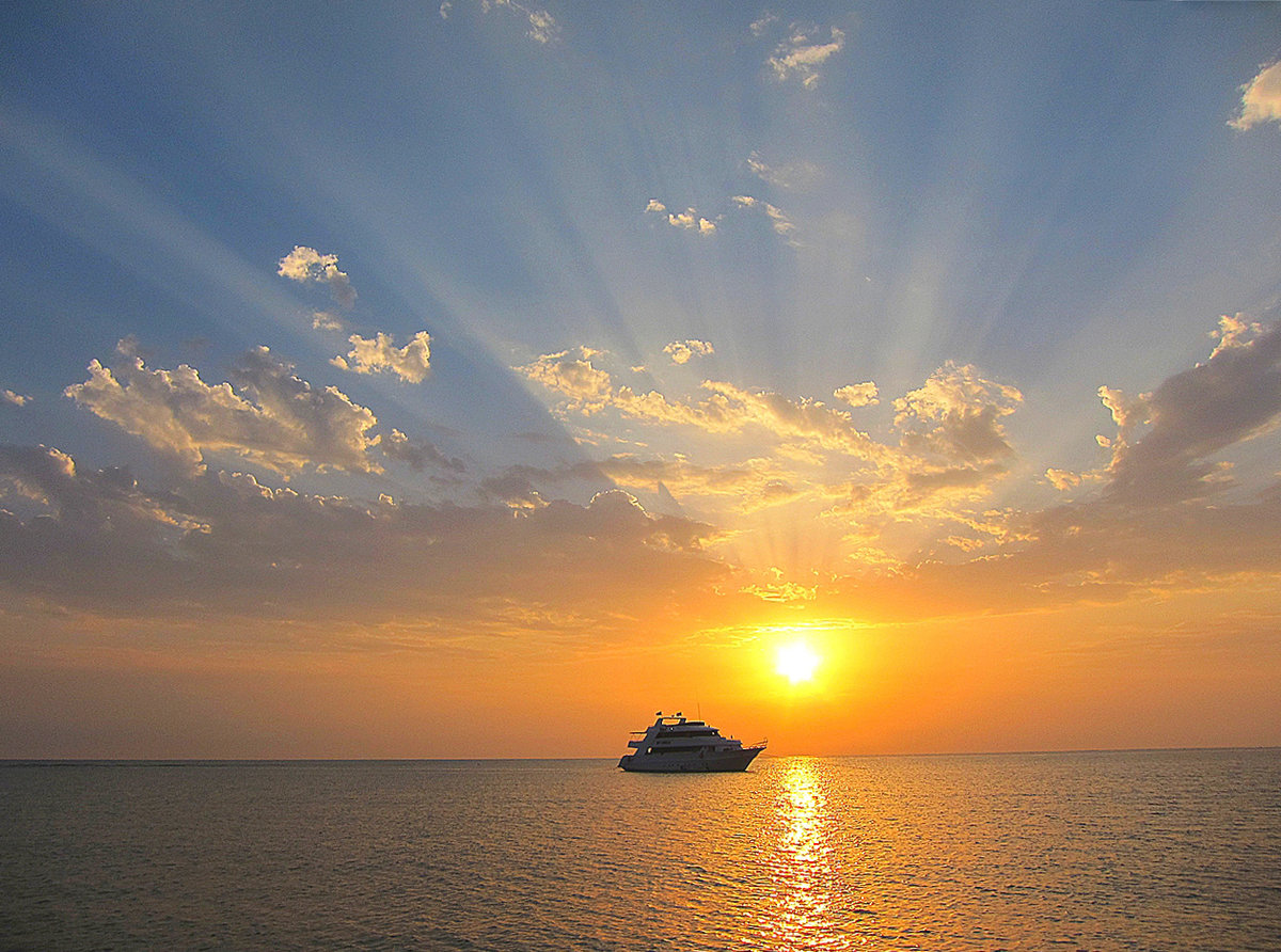 Картинки рассвета солнца на море