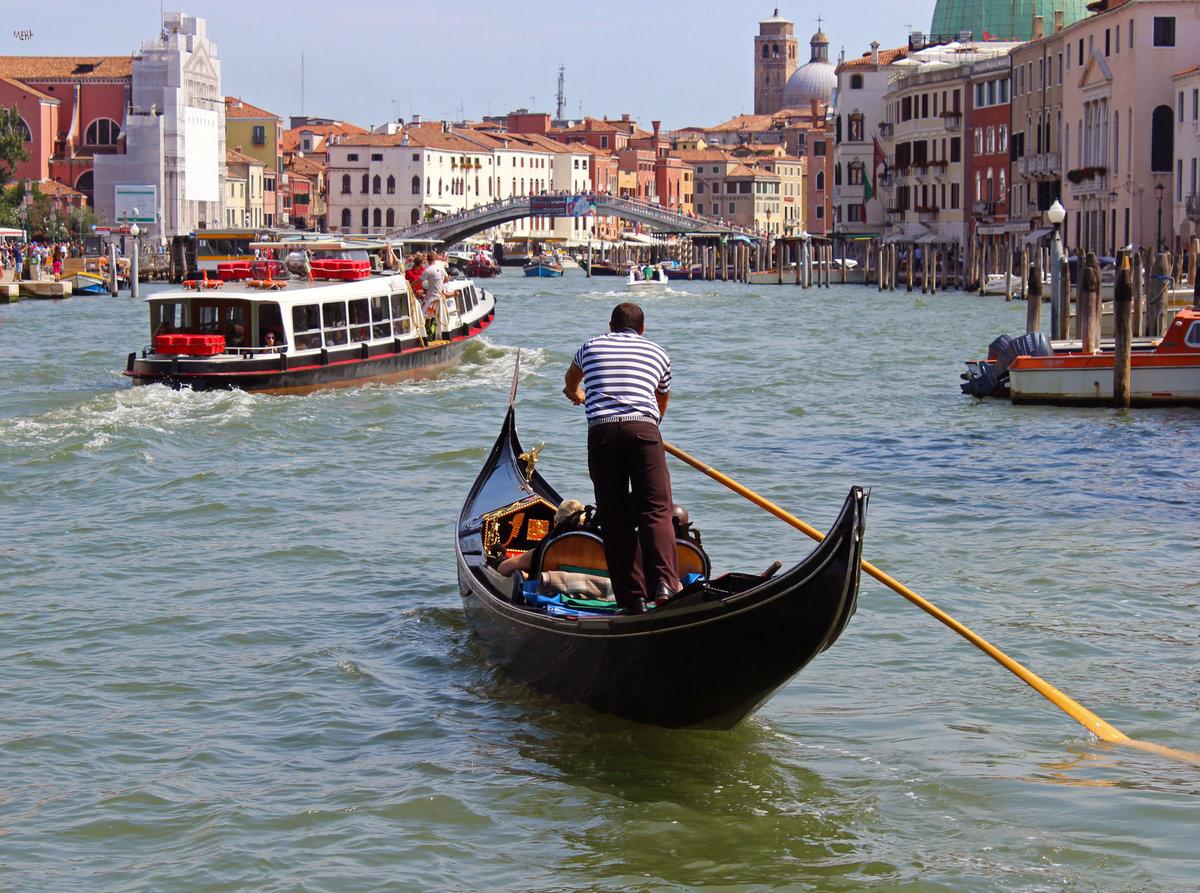Венеция: обзорная hop-on hop-off экскурсия на лодке