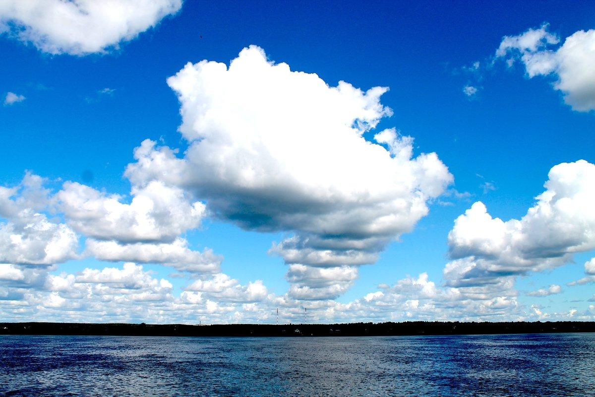 над нами небо голубое картинки при обычных условиях
