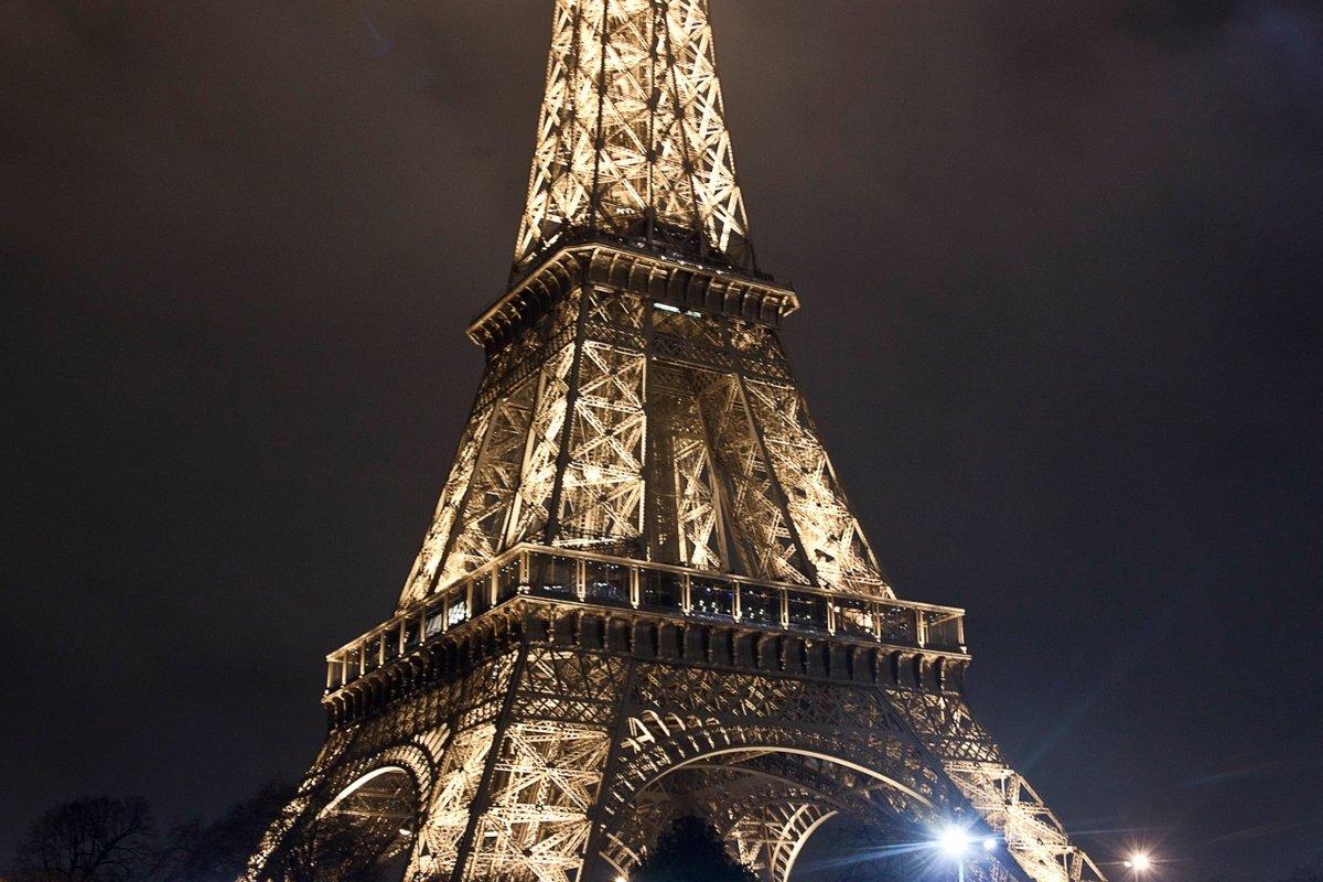 губах ейфелева вежа фото картинки грунтовочный