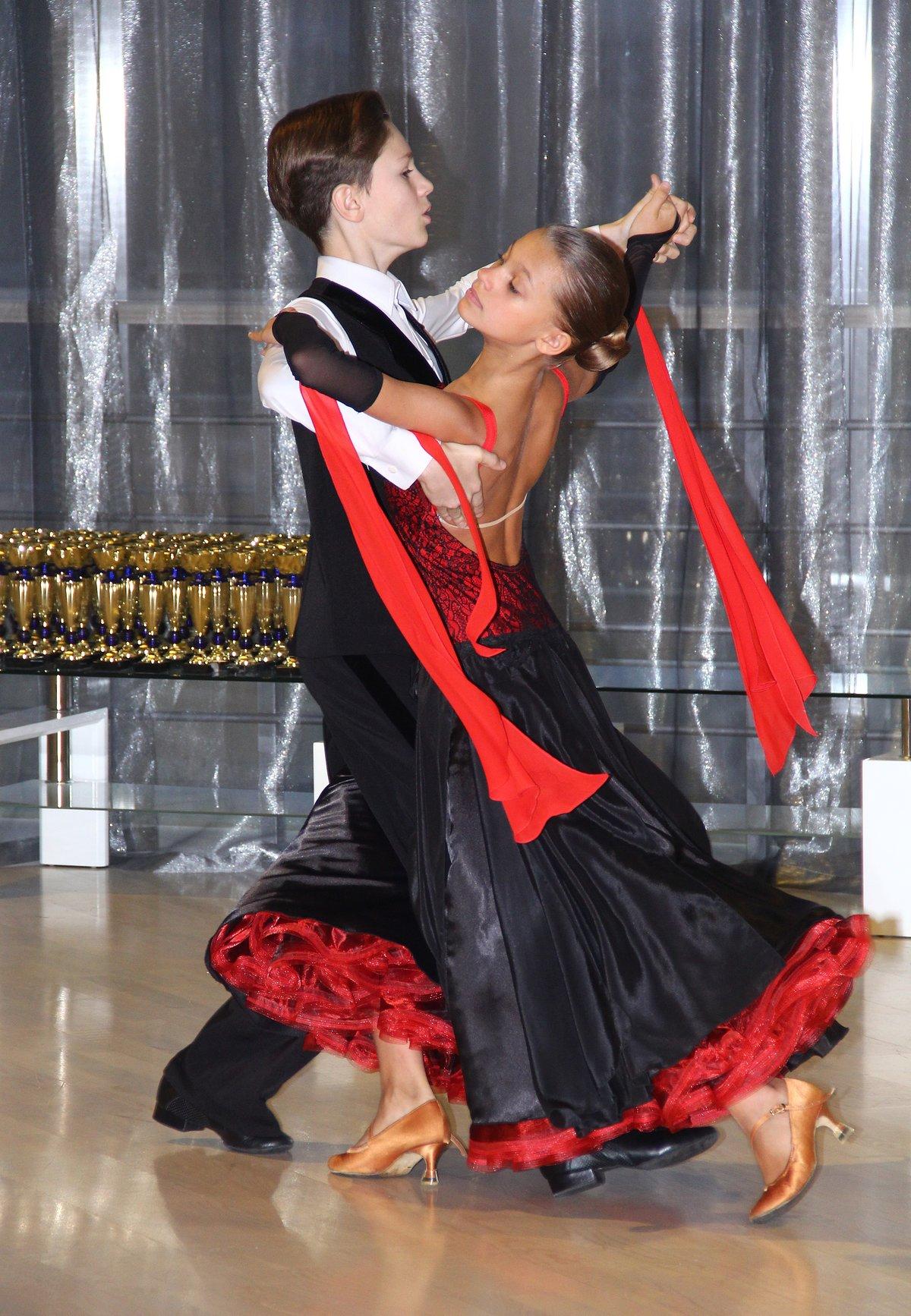 медленный вальс картинка танца