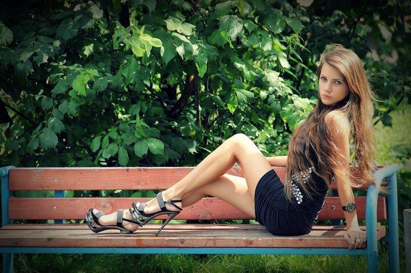 ножки молодых девушек