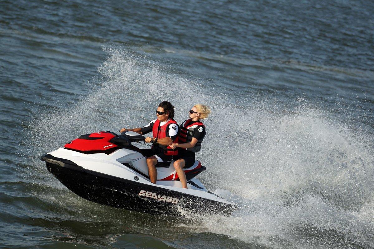 катание на водном мотоцикле картинки кони все скачут