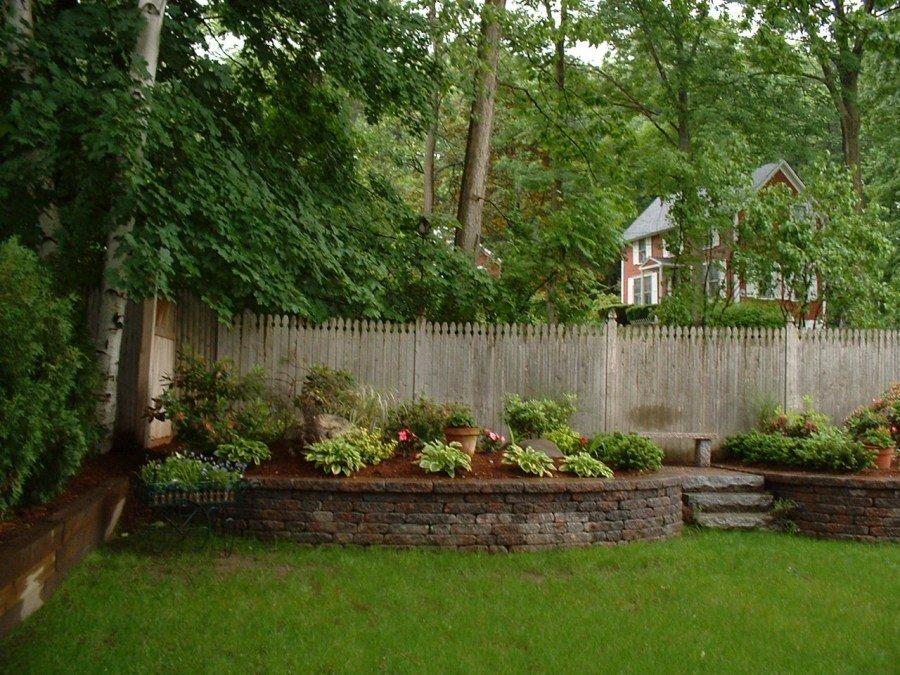 дизайн двора сельского дома фото природного