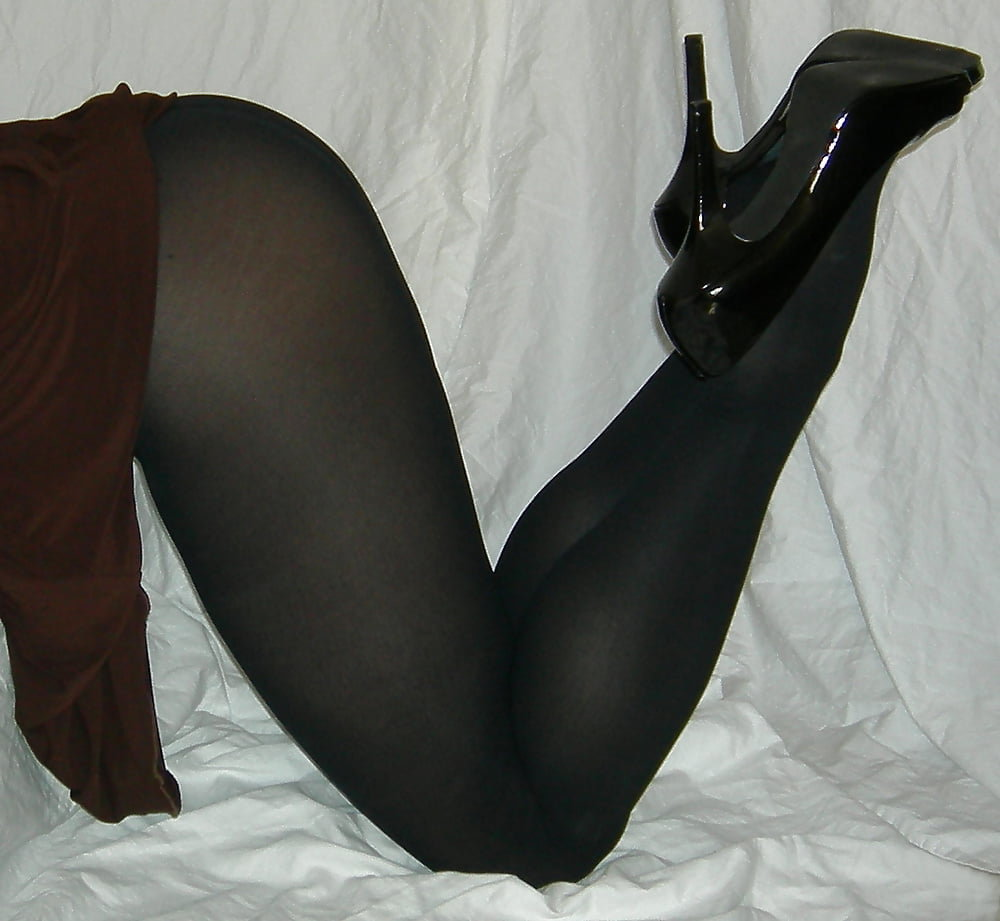 com-collections-pantyhose-in