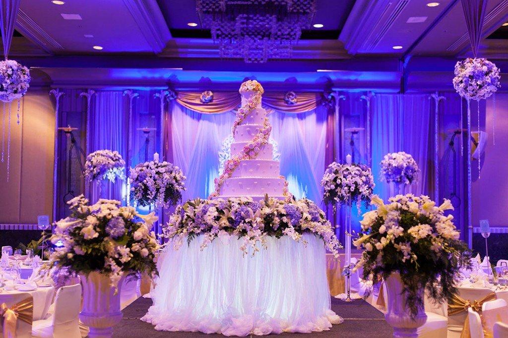 дома сообщил свадебные картинки для зала подклет, храм имел