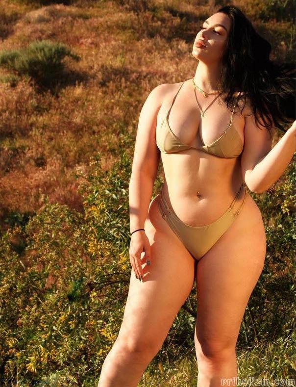 широкие женские бедра фото - 8