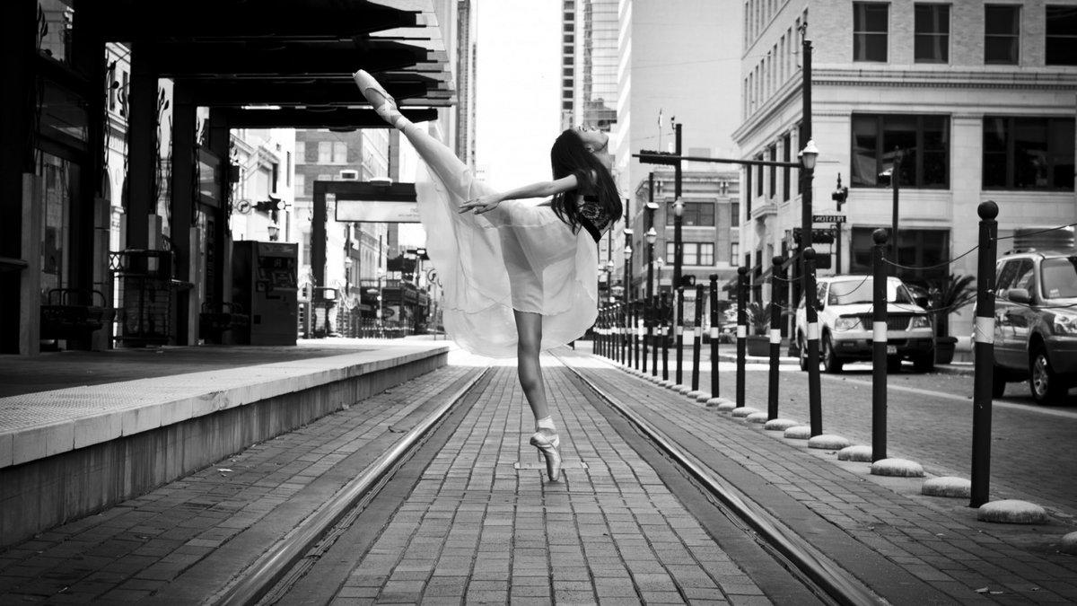 Черно белые красивые картинки, празднику культуры приколы