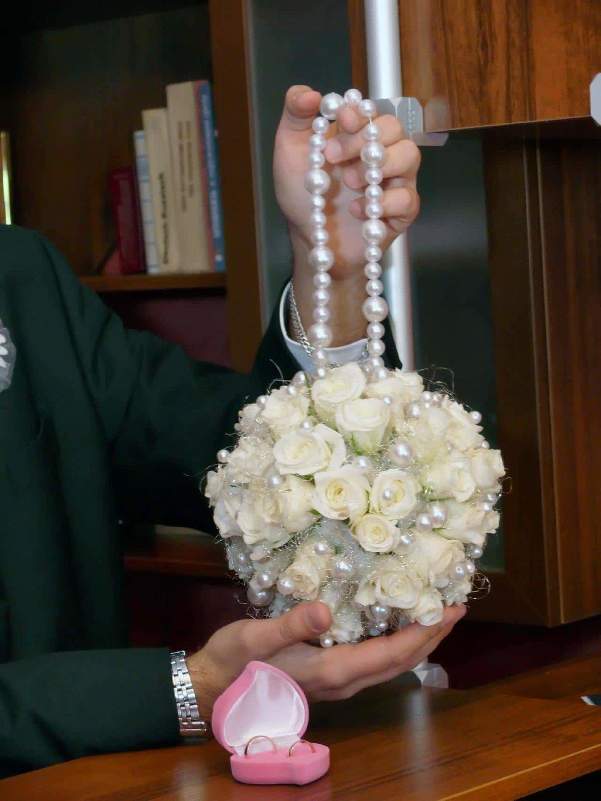 Свадебный букет для невесты шарики