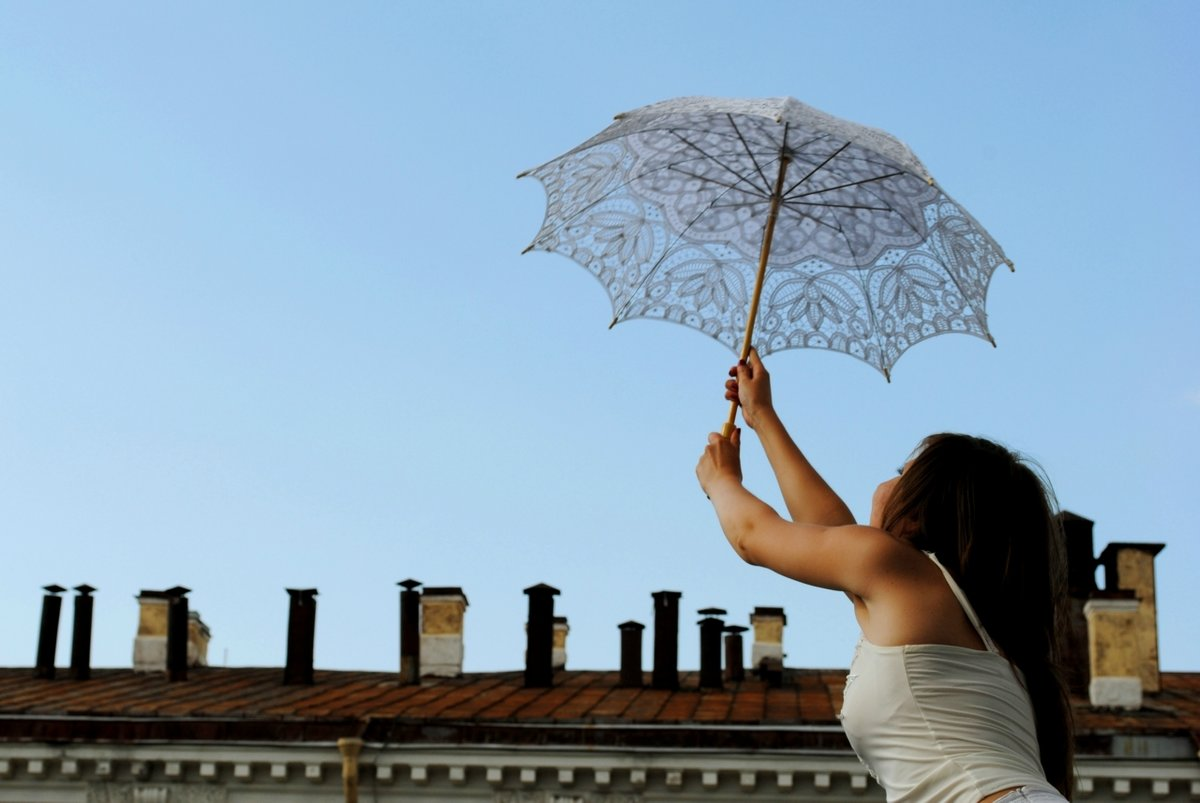 Картинки девушка и зонты