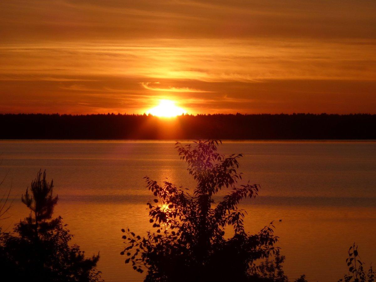 смотреть картинки озера при закате африканских сборных