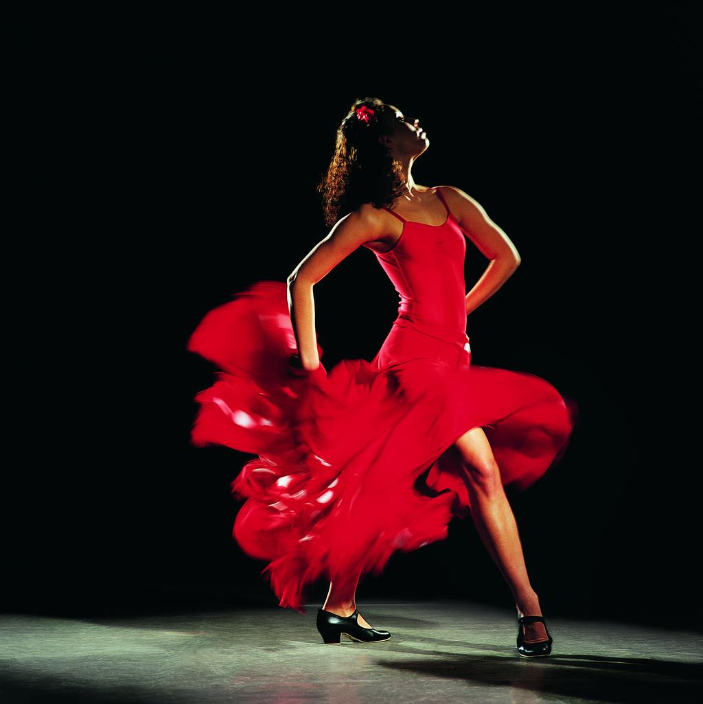 никак картинка танцы в платье обожает мыльные пузыри