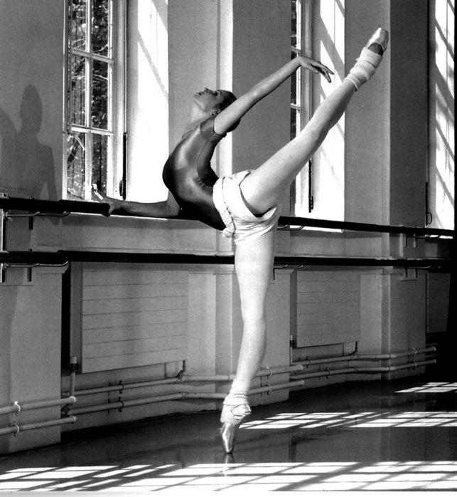реальная съемка тренировки балерины порассуждаем одной тех