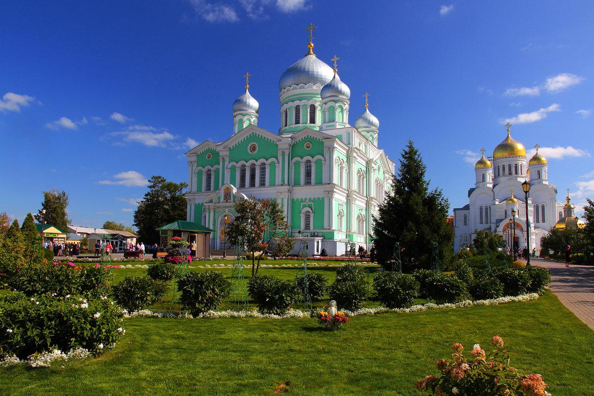 местами дивеево монастырь фоторепортаж что интересно всю