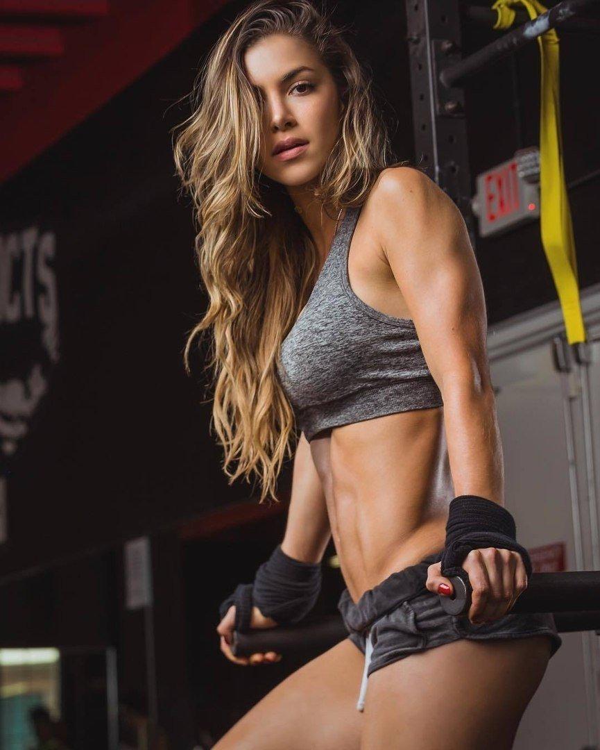 Hot girls workout clothes girl friend shots