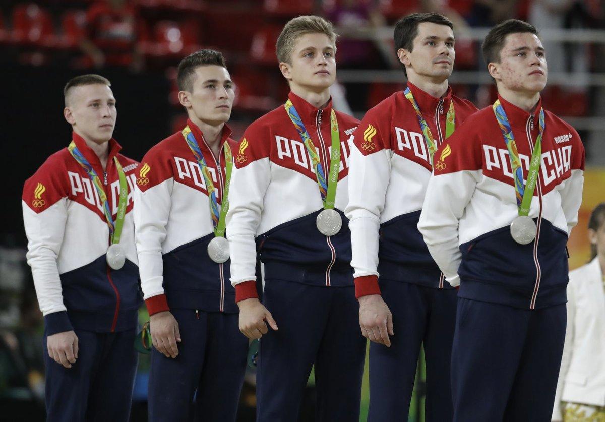 фотографии спортсменов с медалями времена