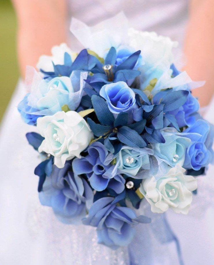 Подарков цветов, букет к свадьбе из синих цветов
