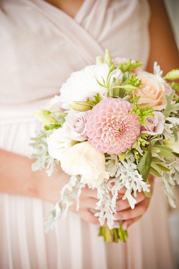 Свадебный нежный  букет для невесты