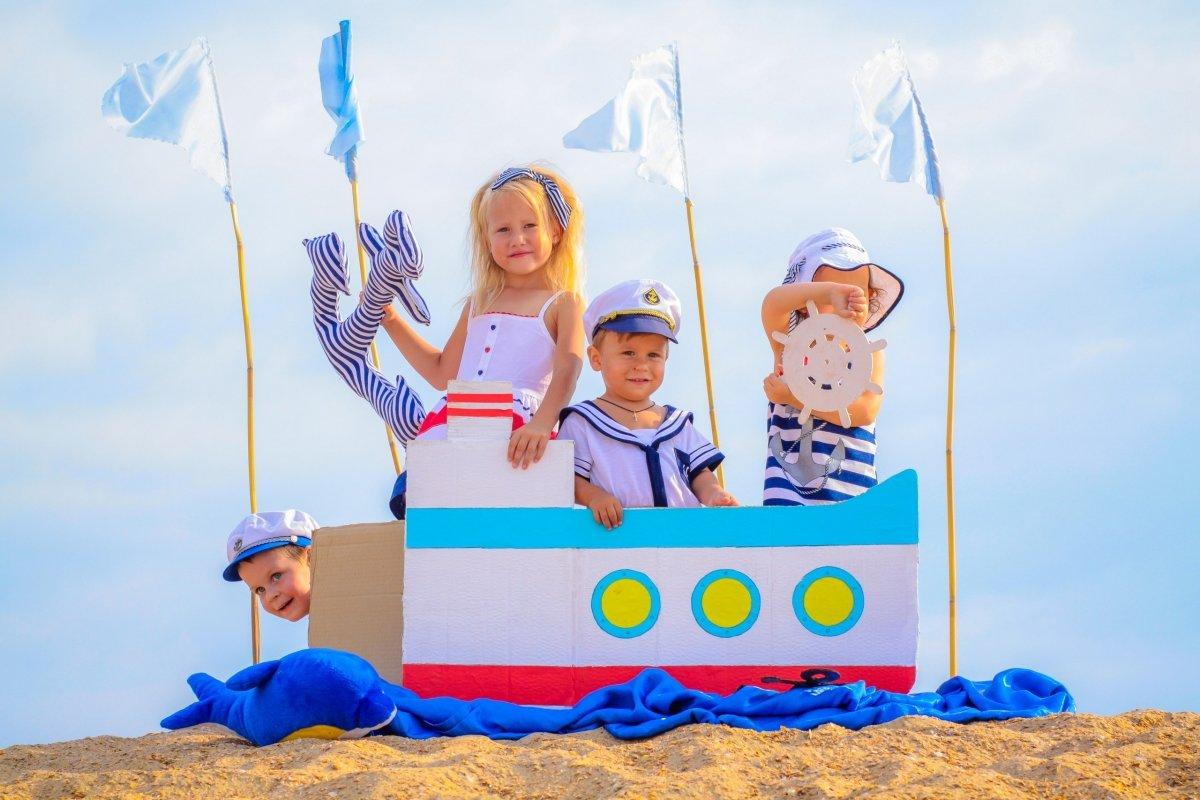 всех аксессуары для фотосессии в морском стиле семейства