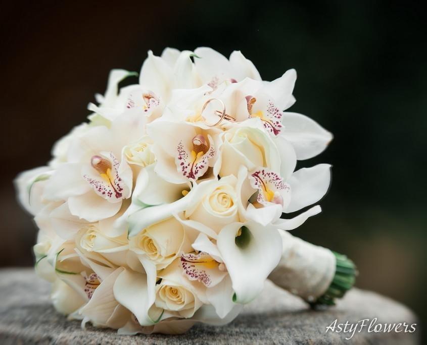 Экстрима и орхидея свадебный букет заказать, букеты розы