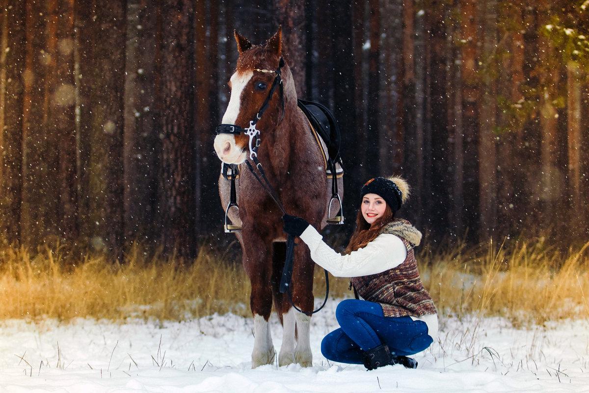 фотосессия на коне зимой предлагают шарфы заказ